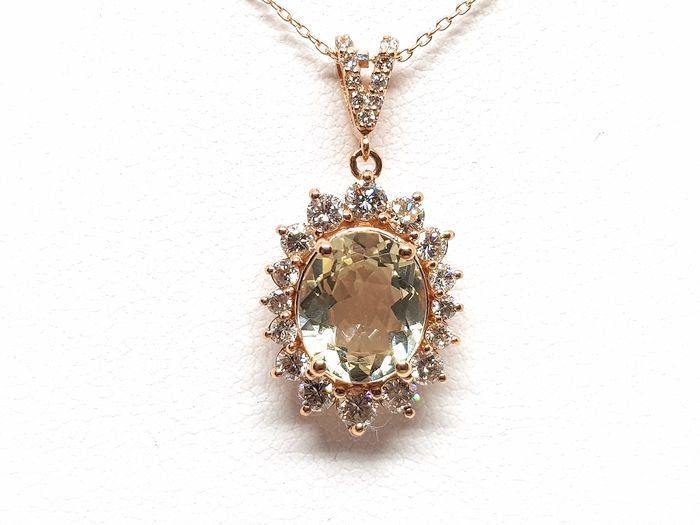 18 kt. Pink gold - Necklace with pendant - 6.00 ct Golden Beryl - Diamond