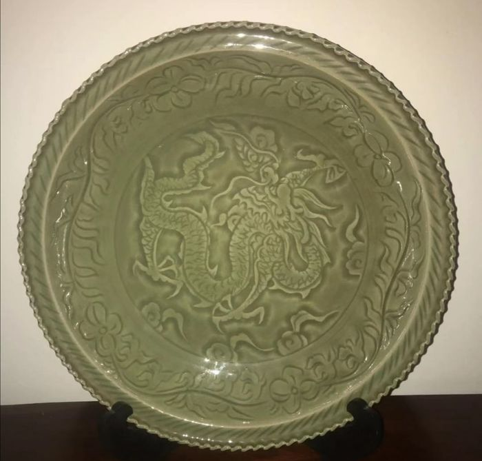 a large celadon market - (the second half of the 20th century) - China - Late 20th century