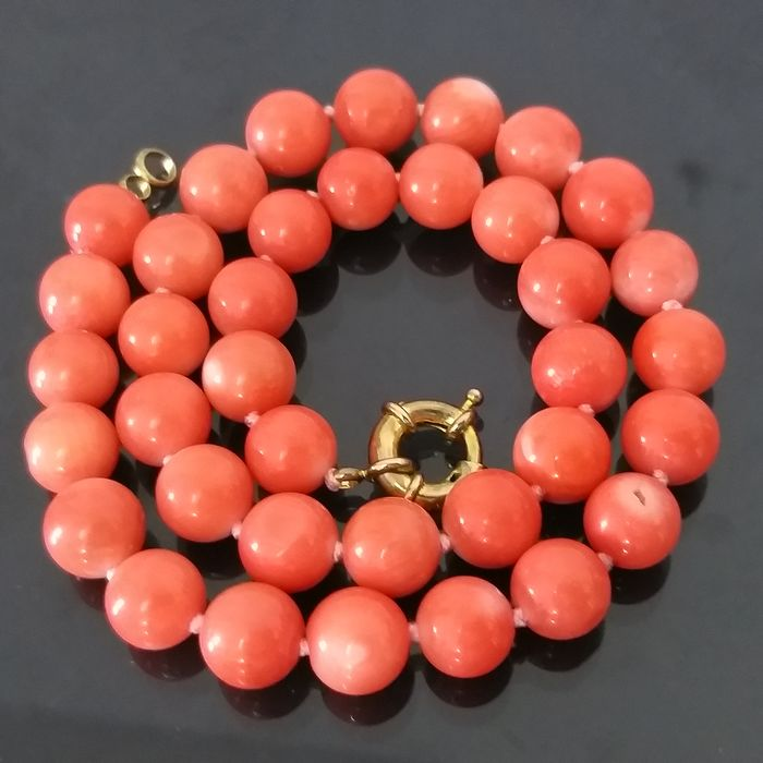 Bamboo Authentic Coral Color Angel Skin - Collier