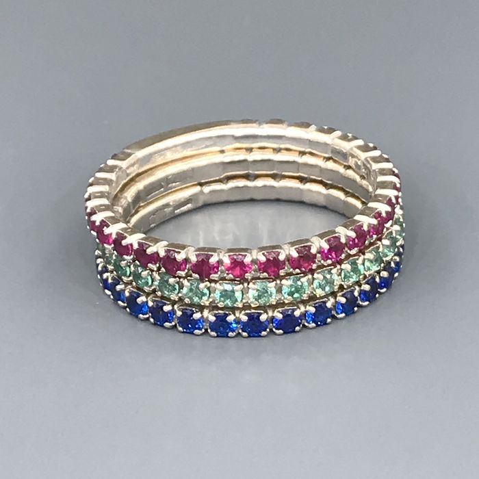 18 kt. White gold - Ring - Emeralds, Rubys, Sapphires