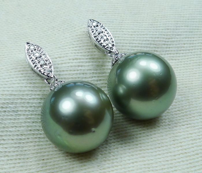 13.4 mm Tahitian pearls - 14 kt. White gold - Earrings - Diamonds, - NO RESERVE PRICE