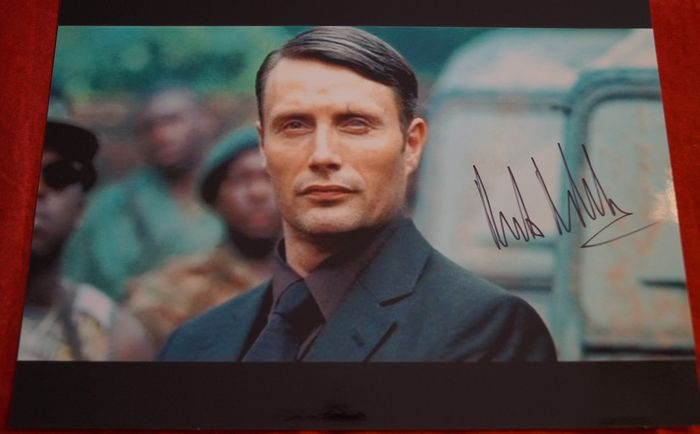 James Bond 007 - Mads Mikkelsen in Casino Royale as Le Chiffre- signed - hand signed with COA  - Photo
