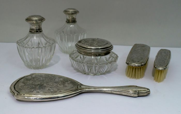 Antique Chiseled and Embossed Toilet Set - .800 silver - Italy - Early 20th century