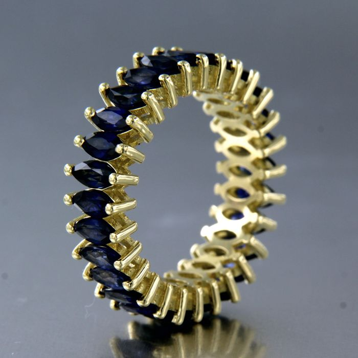 18 kt Yellow Gold - Ring - 5.00 ct Sapphire