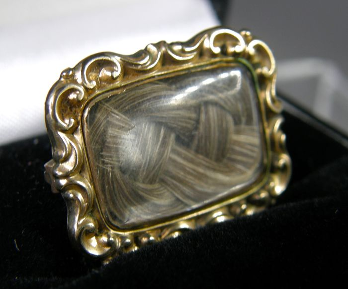 10ct Gold - Mourning Brooch
