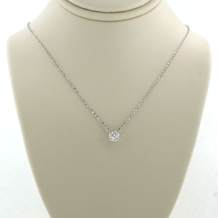 14 kt white gold - necklace with pendant - 0.10 ct diamond