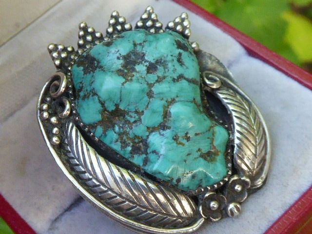 925 Silver - Native American Indian ring with large Turquoise Nugget