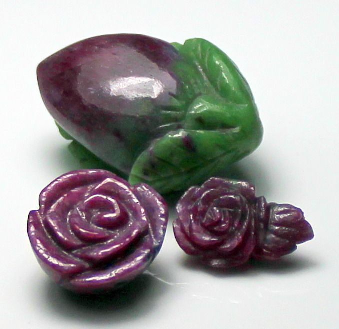3 pcs  Ruby, Fruit and Flower carved - 114.64 ct