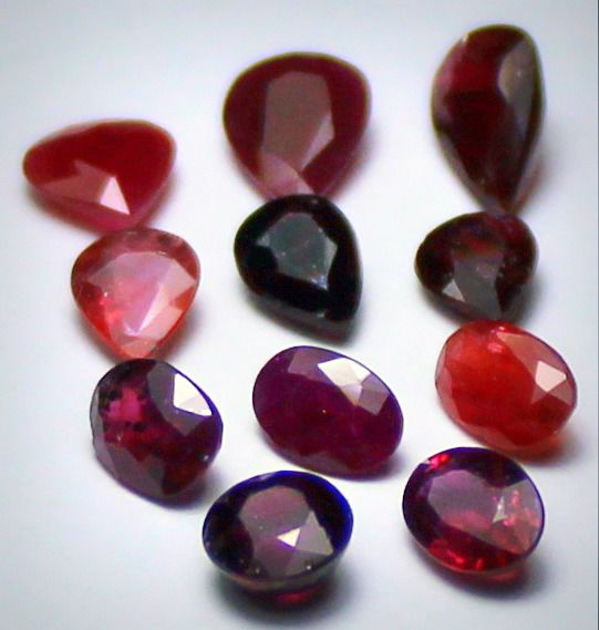 11 pcs  Ruby - 8.29 ct