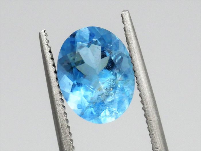 Blau Aquamarin - 1.60 ct