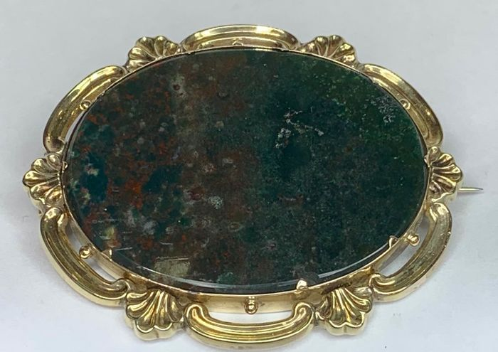9kt Yellow gold - Early 20th Century Brooch Bloodstone