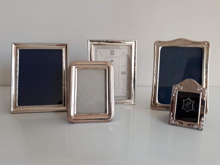 Collection frames and alarm clock Silver punched - Silver - Spain - Late 20th century