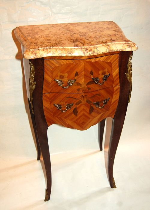 Signed Marquant R - Side table - Louis XV Style