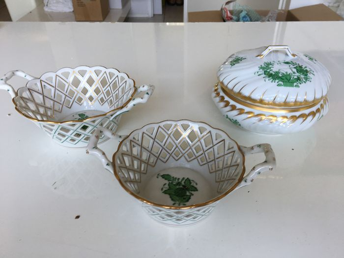 Herend - two baskets and a lid box (3) - Porcelain