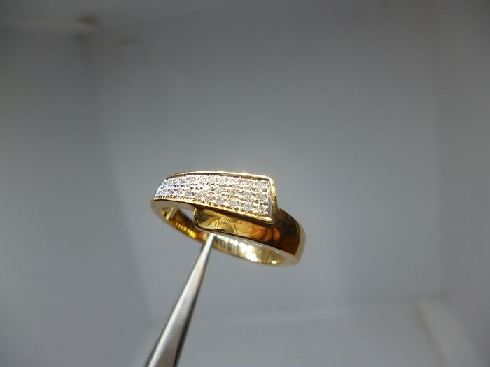 18 kt Gelbgold - Ring - Diamanten