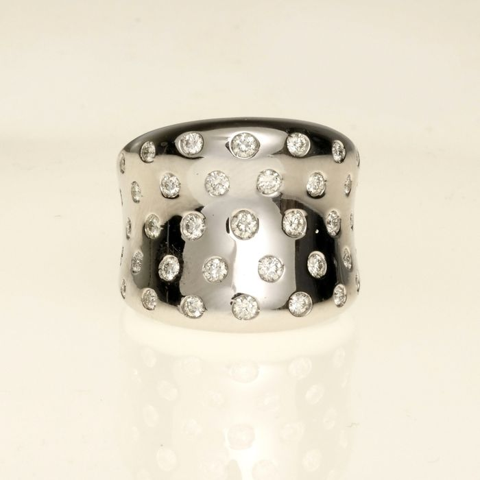 Leo Pizzo - 18 kt. White gold - Ring - 0.89 ct Diamond