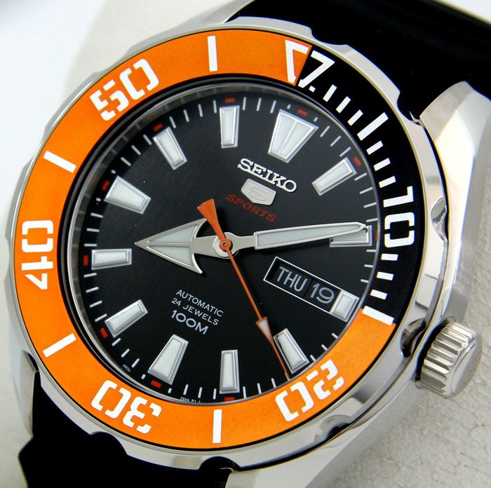 "Seiko - - Automatic 24 Jewels ""Sport Look""  - - Men - 2011-present"