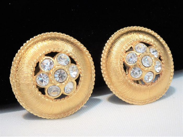 Guy Laroche Paris - 1970/80s - Gold-plated, Clear Crystals - Large Round Clip Earrings