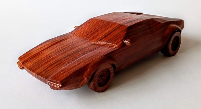 Models / toys - Gurrado automotive art - DE TOMASO PANTERA - 1:15 - 2019