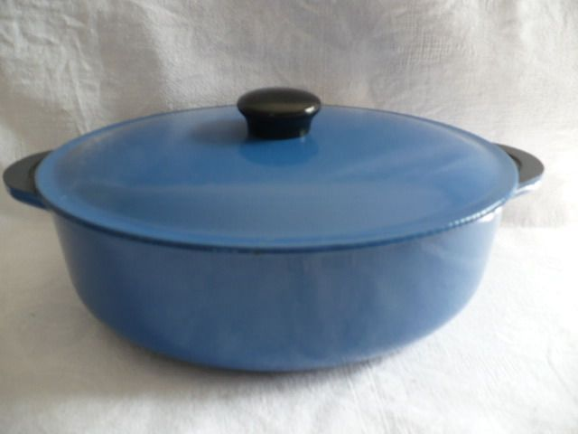 French-made cast iron oval saucepan - Steel (cast iron/wrought iron)