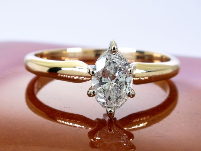 14 kt. Gold - Diamond ring with 0.48ct. solitair center.