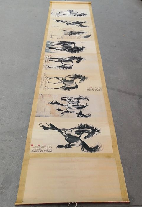 Extremely long scroll painting - Paper - China - 21st century
