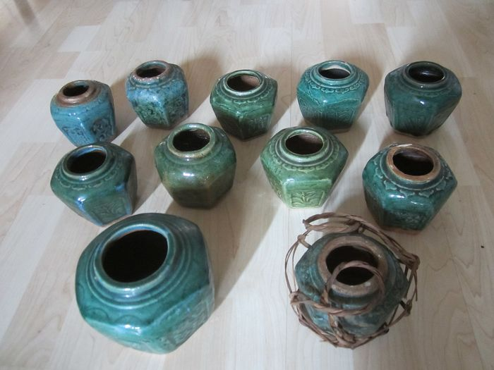 Ginger pots (11) - pottery