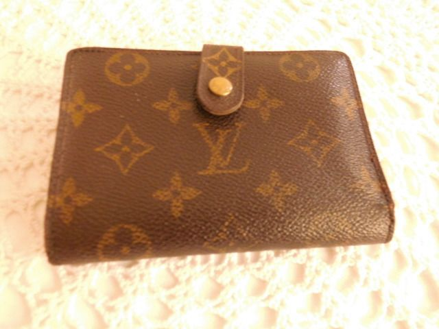 Louis Vuitton - Monogram Vennois Wallet