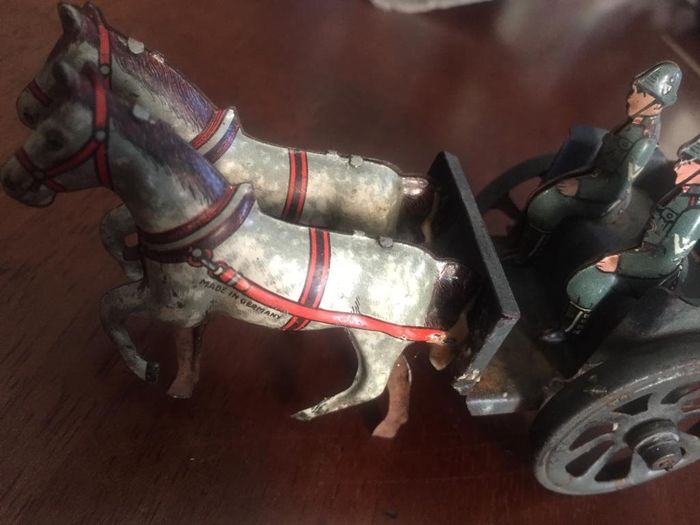 Tin Toys  - Chariot with horses and tin soldiers - 1930-1939 - Germany