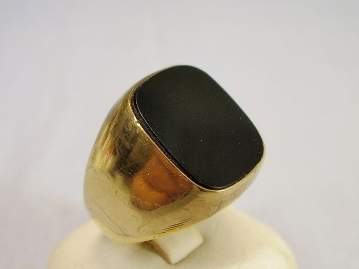 8 kt yellow gold - Ring - 6.00 ct black onyx