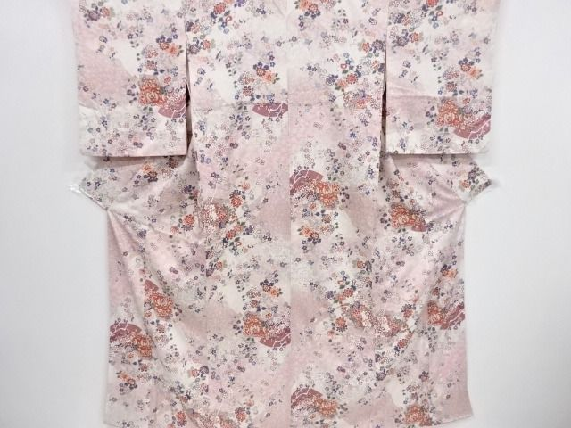 Kimono - Silk - with Branch plum and Cherry Blossoms pattern - Japan - 21st century