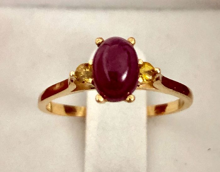 18 kt. Gold - Ring - 1.28 ct Ruby - Tourmalines