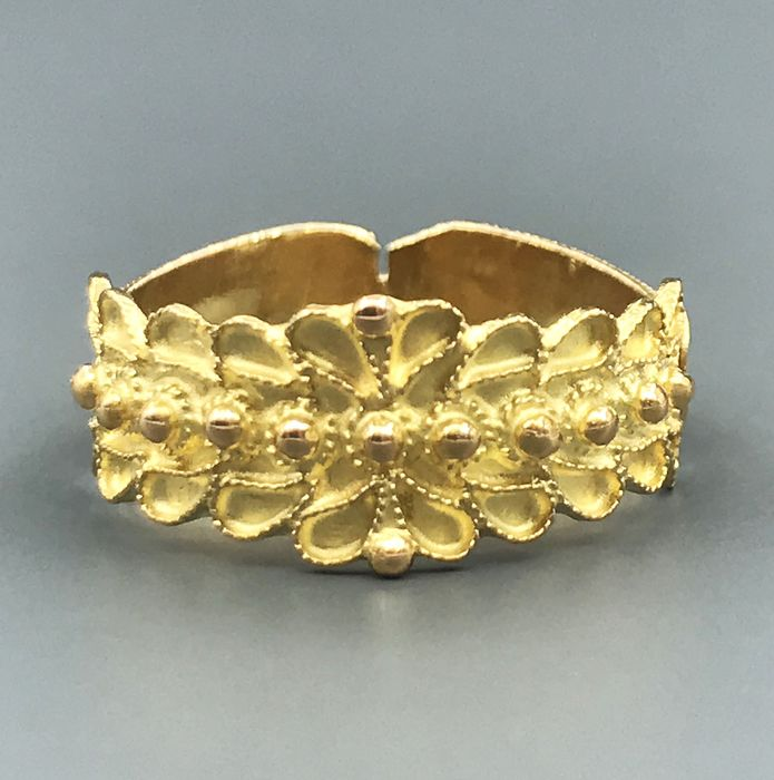 18 kt yellow gold - Ring