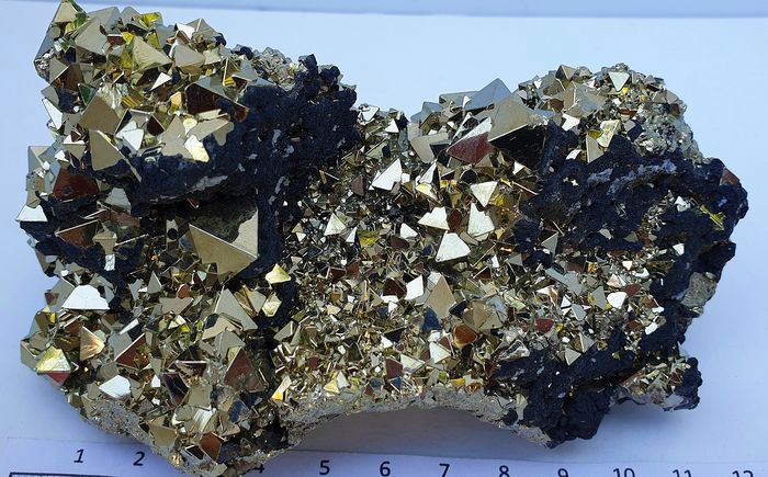 Premium quality octahedral Pyrite and Sphalerite  from Peru - 12×7×7 cm - 800 g