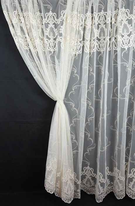 3.1 x 4 m Curtain fabric - French rebrode lace on tulle, with Swarovski details - Tulle and Swarovski