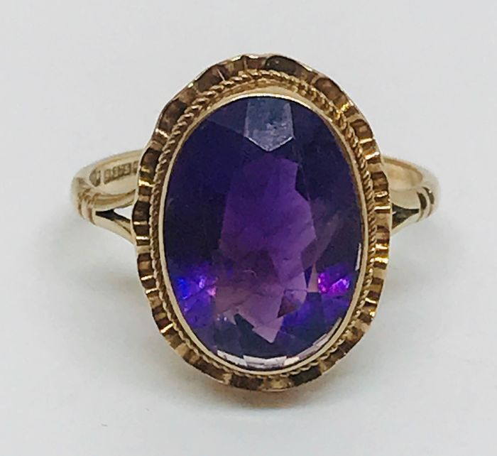 .375 Gold - Amethsyt ring with fluted Top Amethyst