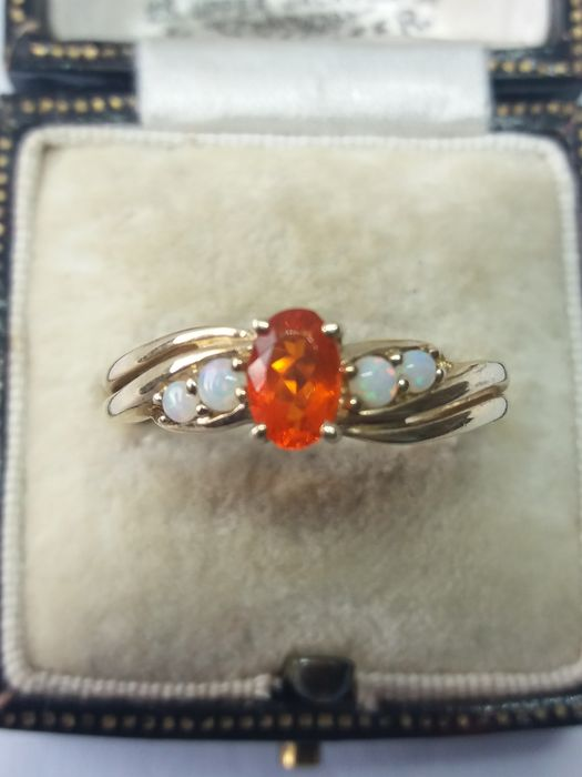 375 Yellow gold - Mexican Orange Opal with Australian Opal dress ring - 0.75 ct