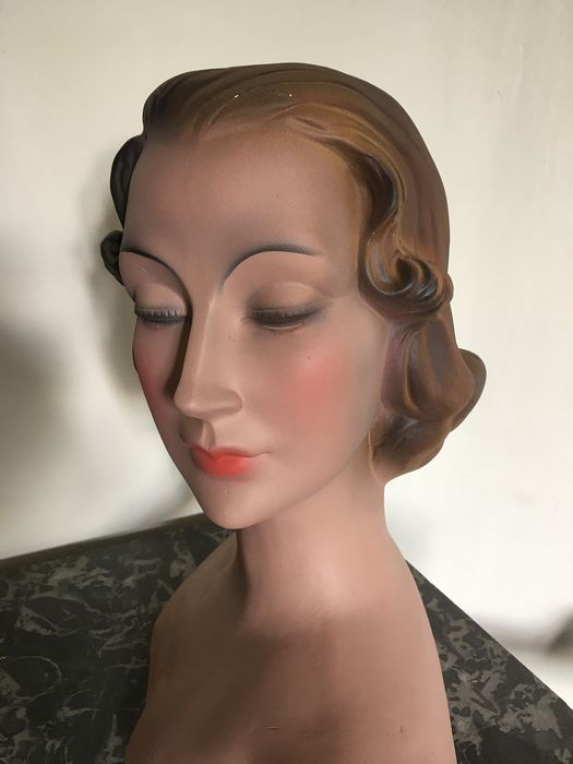 Mannequin head (1) - Art Deco - Plaster