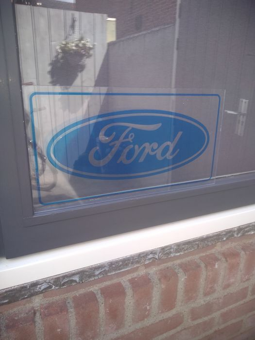 advertising sign - Ford - 2000