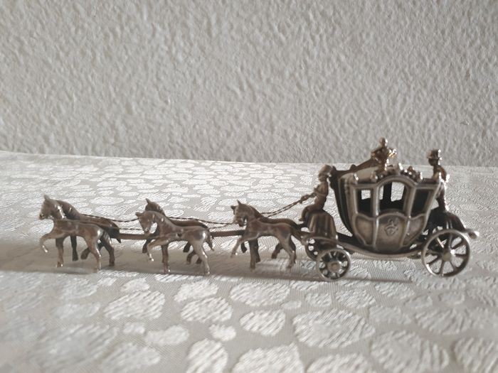 Dutch jeweler master - Jewelry manufactory - Six tooth horse carriage silver (1) - Baroque - .835 silver