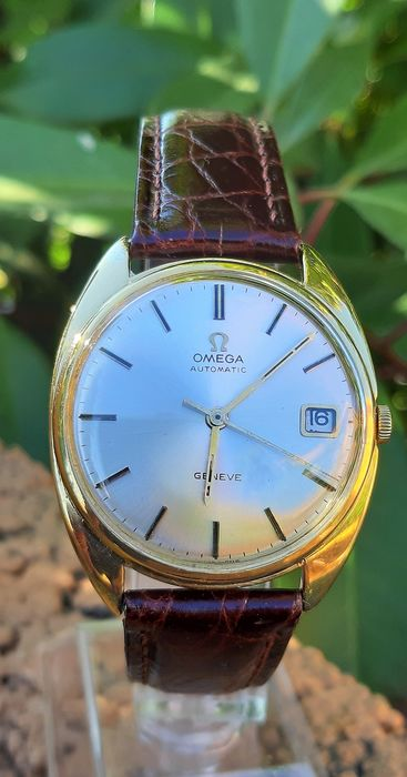 Omega - Geneve Automatic Date - oro 18 kt - Men - 1970-1979
