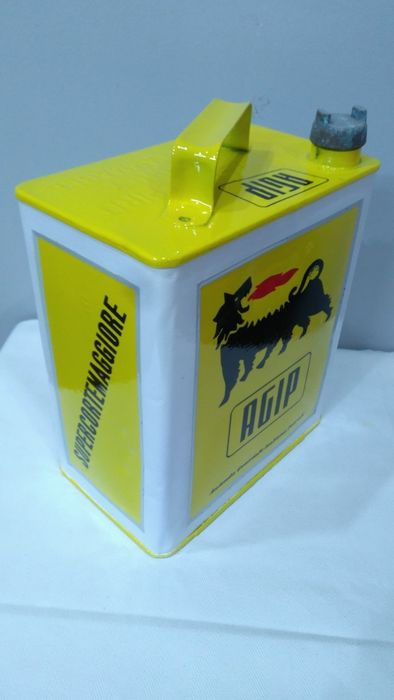Fuel can - 2-gallon AGIP fuel can - 1950-1960