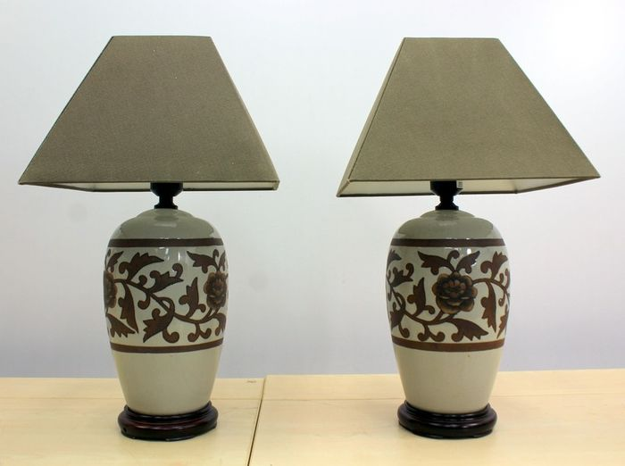 Pair of table lamps with lampshade (2)-ceramics, cotton