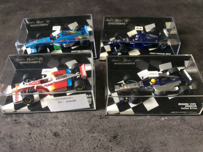 MiniChamps - 1:43 - 4 voitures Formule 1 - Benetton, Prost, Minardi y Williams
