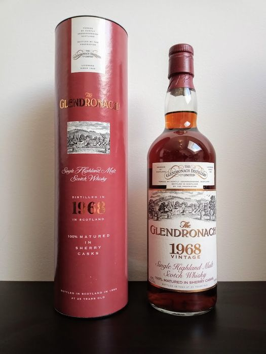 Glendronach 1968 25 years old - Official bottling - b. Década de 1960 - 0,7 litros - 1 botellas