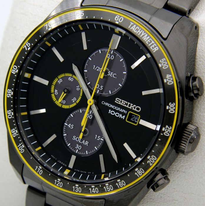 "Seiko - Solar Chronograph ""Sport Luxury"" All Black-Yellow - Heren - 2018"