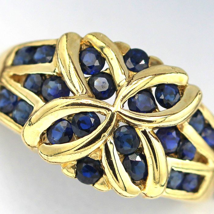 9 kt. Yellow gold - Ring - 0.75 ct Sapphire