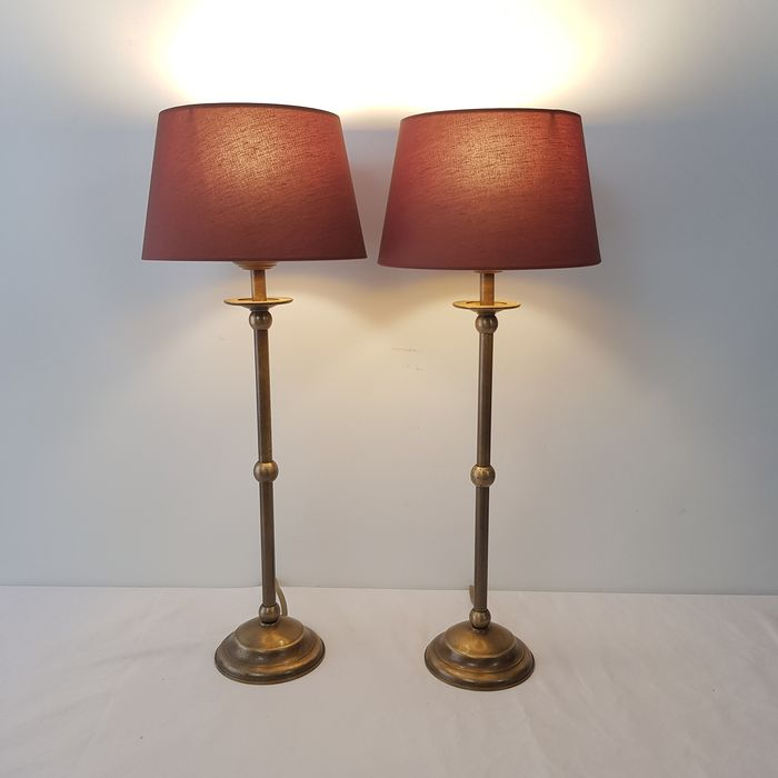 Amedi-Two identical table lamps-Brass