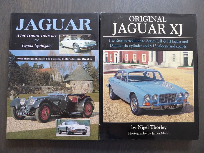 Books - Jaguar - Lot; Original Jaguar XJ The restorer's guide Series 1, 2 and 3 - Jaguar a pictorial history - 1996-1998