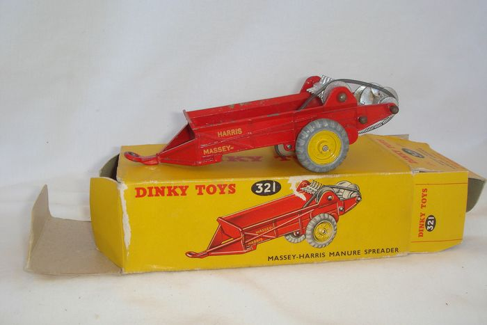"Dinky Toys - 1:48 - First Issue ""MASSEY-HARRIS MANURE SPREADER""  no.27c/321 - 1948/'50 - ""Metal Wheels"" Version in Original First Issue 27c / 321 Box"
